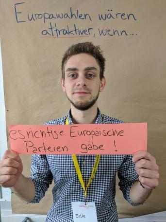 Europawahlen wären attraktiver wenn es richtige Europäische Parteien gäbe.